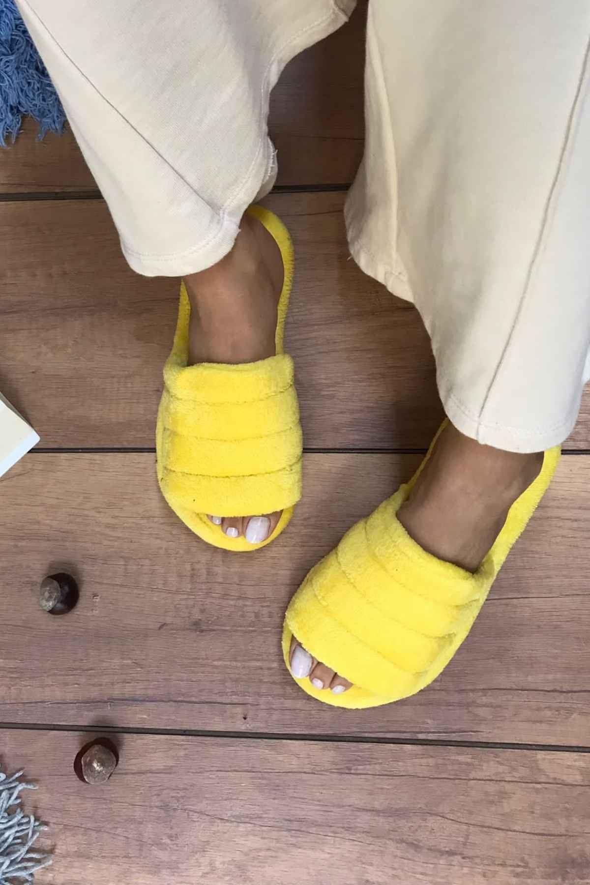 Casa Sarı Önü Açık Sarma Tabanlı Ev Terliği
