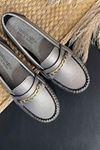 Sohi Gümüş Deri Zincirli Rok Babet Ayakkabı